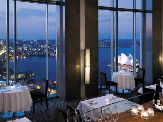 Blu Bar - Shangri La Hotel