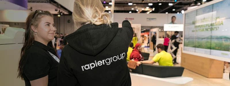 Rapiergroup event team members in an event